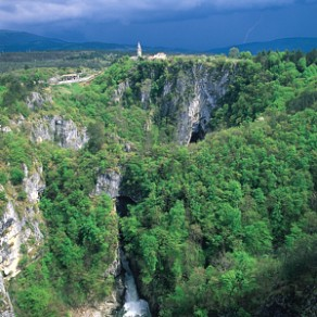 höhle in slowenien